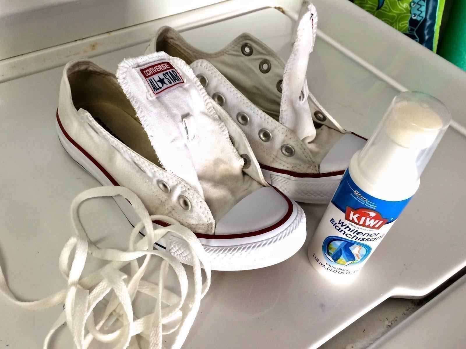 Стирка белых шнурков