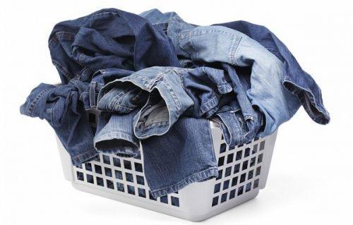 Отстирать машинное масло с джинсов