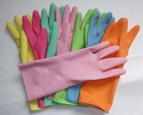 Резиновые рукавицы