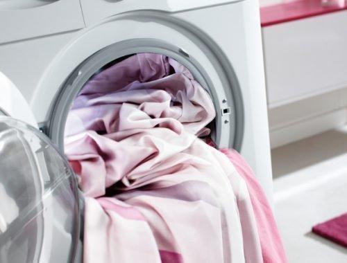 Стирка постельного белья в машинке