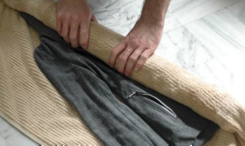 Сушка шерстяного пальто