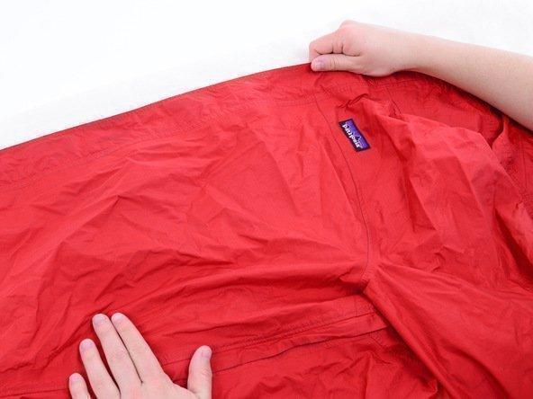 Как гладить куртку из полиэстера