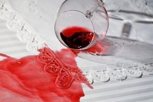 Пятно от вина