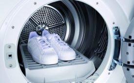 Как  правильно произвести стирку кроссовок в стиральной машине автомат?