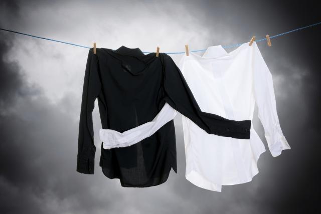 Стрика черно-белых вещей
