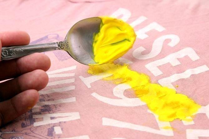 Убрать пятна акриловой краски