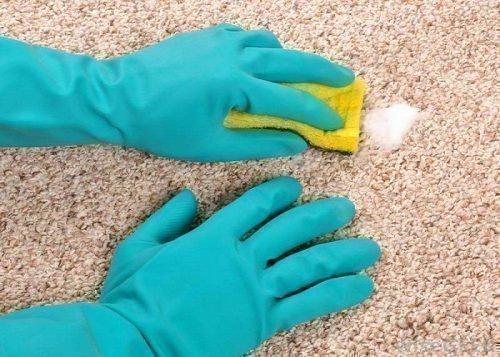Убрать пятно от йода на ковре