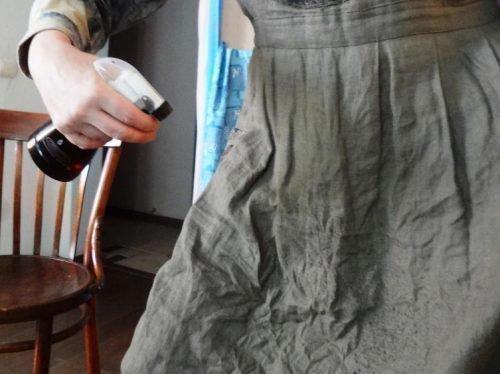 Льняная юбка помялась