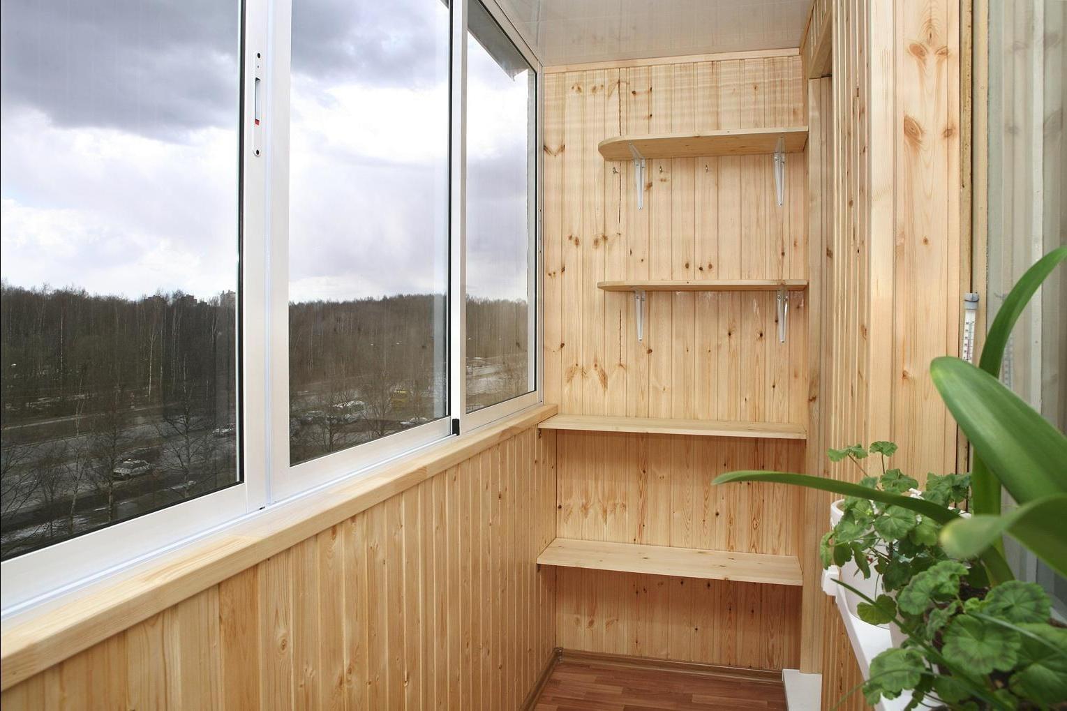 Плесень на балконе