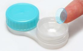 В чем хранить линзы без раствора и контейнера