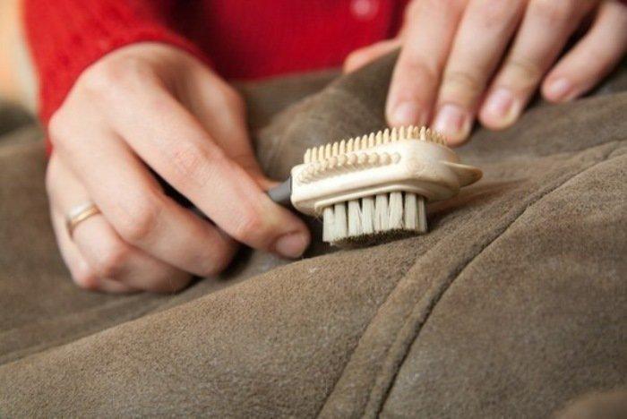 Как сделать химчистку дубленки в домашних условиях