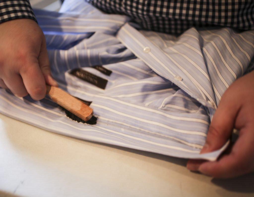 Чем снимают гелевый лак с ногтей в домашних условиях