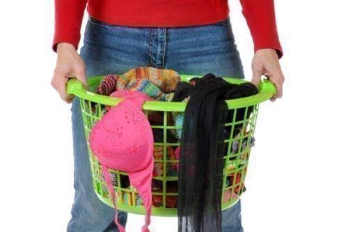 Постирала трусы: как правильно отстирать нижнее белье и бюстгалтер от пятен