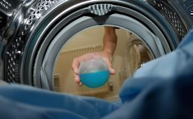 Как правильно стирать синтепоновую куртку в стиральной машине