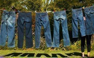 Уход за джинсами. Можно ли их стирать?