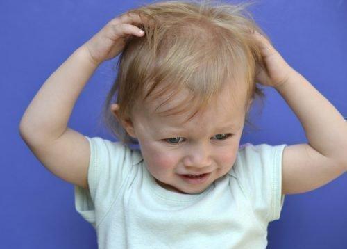 Зуд на голове ребенка