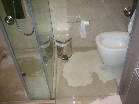 Сырость в ванной