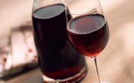 Рекомендации и действия если домашнее вино покрылось плесенью