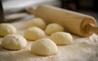 Сколько хранится дрожжевое тесто в холодильнике